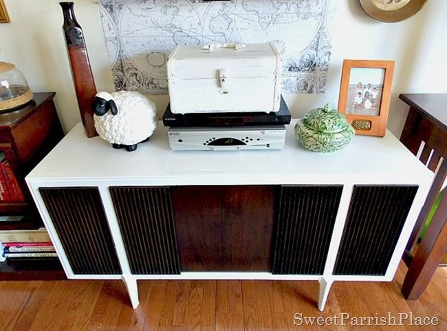 Sweet Parrish Place: Vintage Mid Century Modern Record Player Makeover