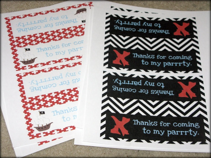 Tattered and Inked: Pirate Party Day 4: Pirate Loot Bags (and 3 free printables!)Birthday Parties, Pirates Parties, Pirates Loot, Bags Toppers, Loot Bags, Parties Ideas, Bday Parties, Free Printables, Pirates Bags