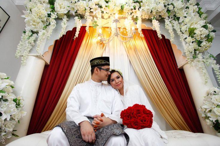 Traditional modern Malay wedding registration
