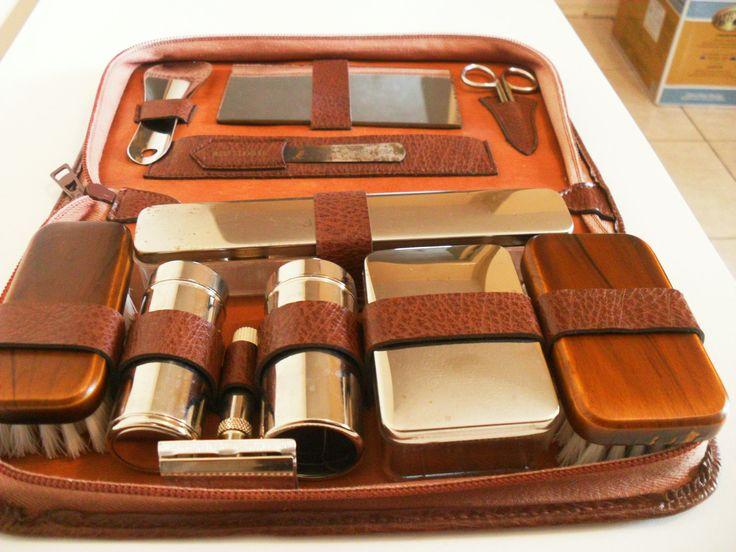brown leather men 39 s travel grooming kit vintage west. Black Bedroom Furniture Sets. Home Design Ideas