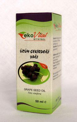 Üzüm çekirdeği yağı / Grape seed oil  Üzüm çekirdeğinden soğuk pres yöntemiyle elde edilmiş bir yağdır.  Temel yağ asitlerinden % 73 linoleik asit, (ω-6) içeren bir yağdır. Ayrıca A, E, K vitaminleri, ve mineraller bakımından zengindir. -Zararlı kolesterolu (LDL) düşürdüğü, -Bağışıklık sistemini güçlendirerek yaşlanmayı geciktirdiği, -Kansere karşı faydalı olduğu, -Dolaşım sistemini kolaylaştırıcı etkiye sahip olduğu bilinmektedir.