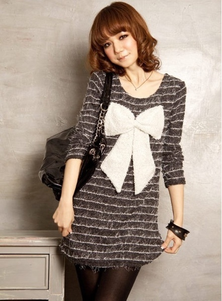"Sweetie Ribbon Knitted Cotton Dress. QTY:1 Length:27.5""   Bust:32-34""  Shoulder:15""   Sleeves:23"" Was:26  Now CAD$13"