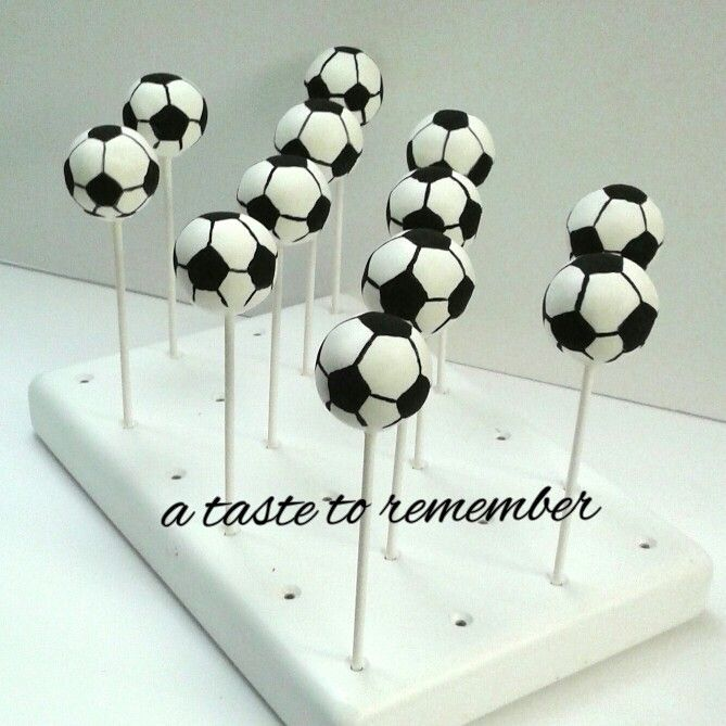Hand painted soccer ball cake pops. Painted with Poppy ...