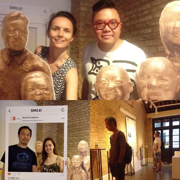 SMILE! #exbihition #friendly #visitors #frenchmay #hongkong #comixhomebase #bronze #sculpture #gaud