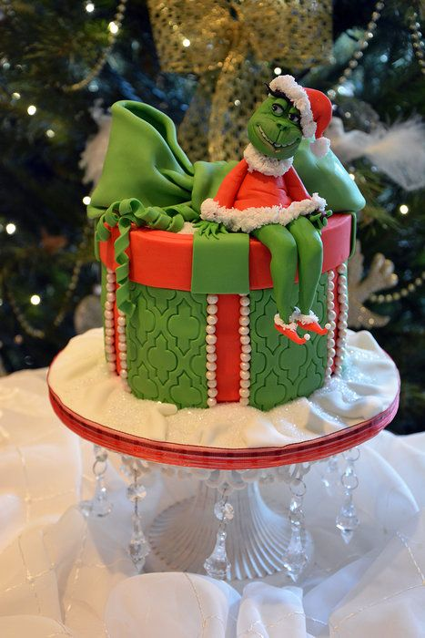 The grinch - by Cherry @ CakesDecor.com - cake decorating website