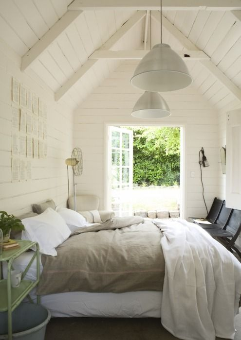soft white luxurious bedroom