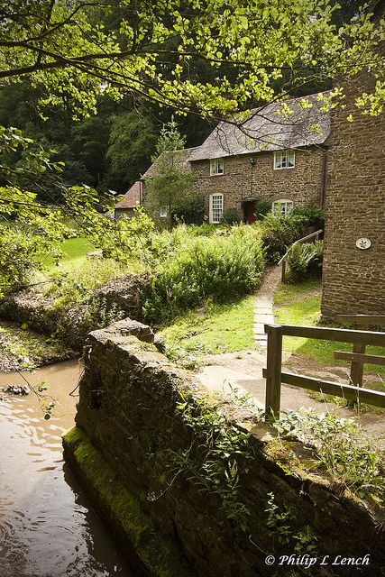 Do you long to escape to the peace and tranquility of the West Country and leave…