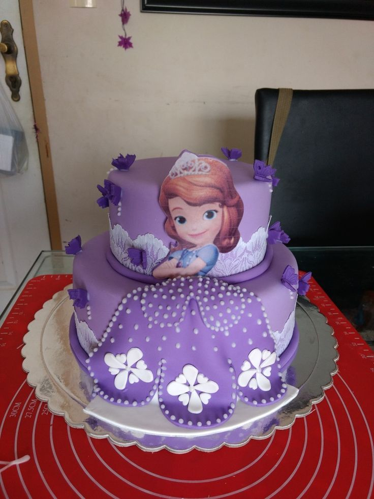 Torta princesita Sofía.