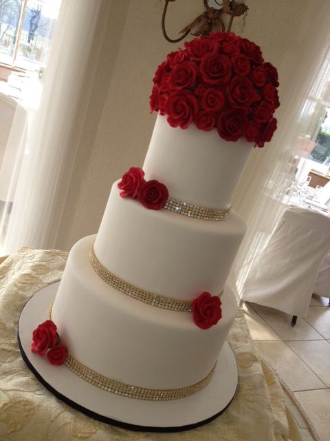 wedding cakes with red roses and bling 7 best wedding cakes images on cake wedding 26098