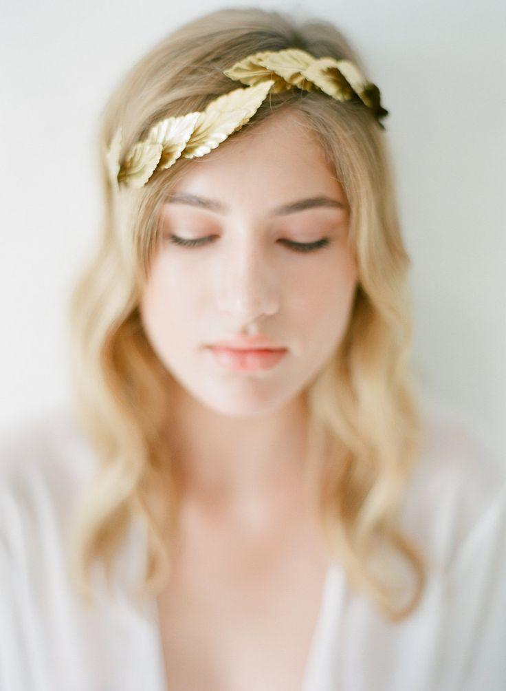 Greek goddess inspiration. Bridal accessories for a Greek wedding http://bit.ly/2dYCNi7