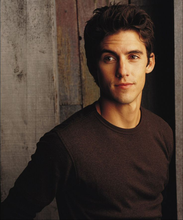 Milo Ventimiglia - Jess from Gilmore Girls. My serious crush since third grade. Still is.