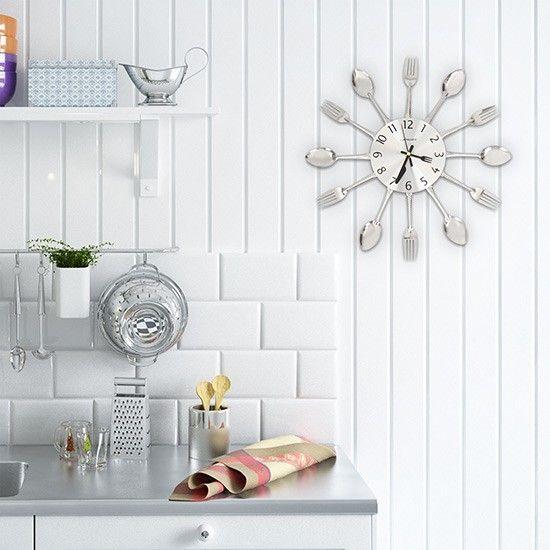 Wanduhr mit Besteck für die Küche oder Esszimmer | @Jago24