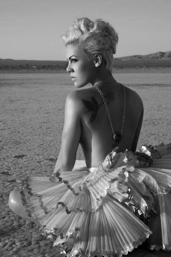 P!nk (I cant help myself - I just like her - she's pretty in a Marilyn Monroe kinda way!)