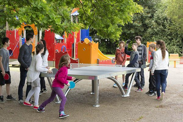 The Moodie HD Outdoor Table Tennis Table is a stylish outdoor play item that can be incorporated into public spaces to provide entertainment whilst standing up to the test of time.