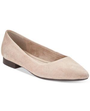 Bella Vita Vivien Pointed-Toe Flats  - Tan/Beige 6N