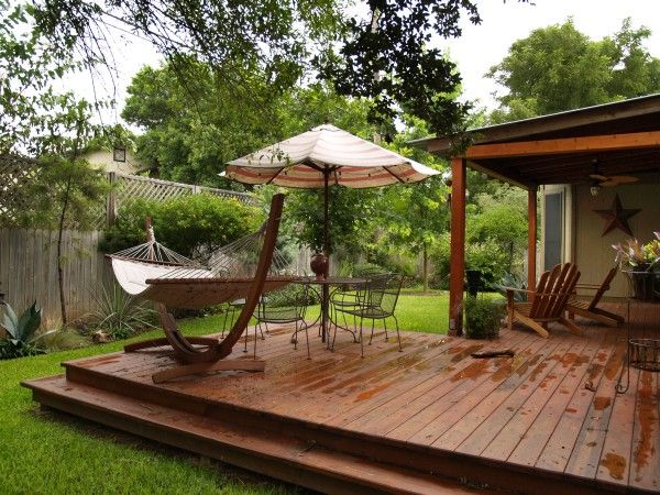 backyard transformation on a budget outdoor living patio and wood decks. Black Bedroom Furniture Sets. Home Design Ideas