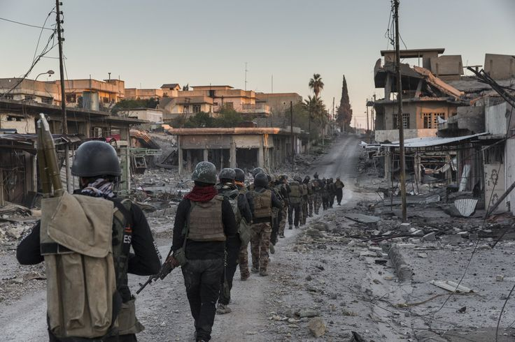 Iraqi special forces soldiers in western Mosul. Credit Ivor Prickett for The New York Times