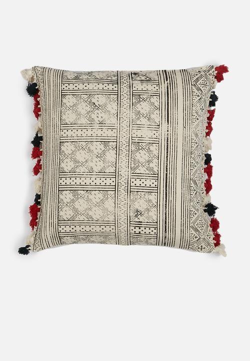 Choctaw - fawn 60 x 60 cm Hertex Fabrics Scatter | Superbalist.com