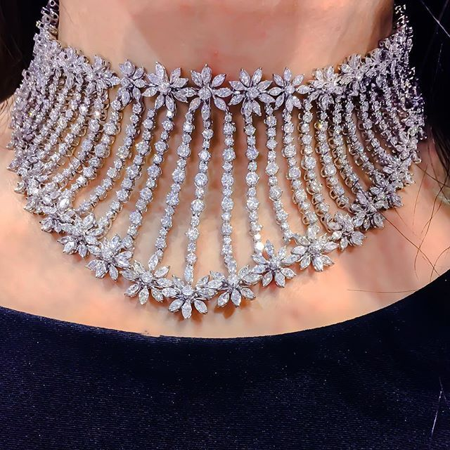 need choker style necklace