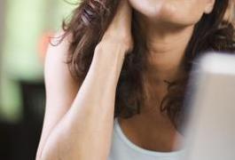 Sleeping Position & Cervical Spondylosis Exercises | LIVESTRONG.COM