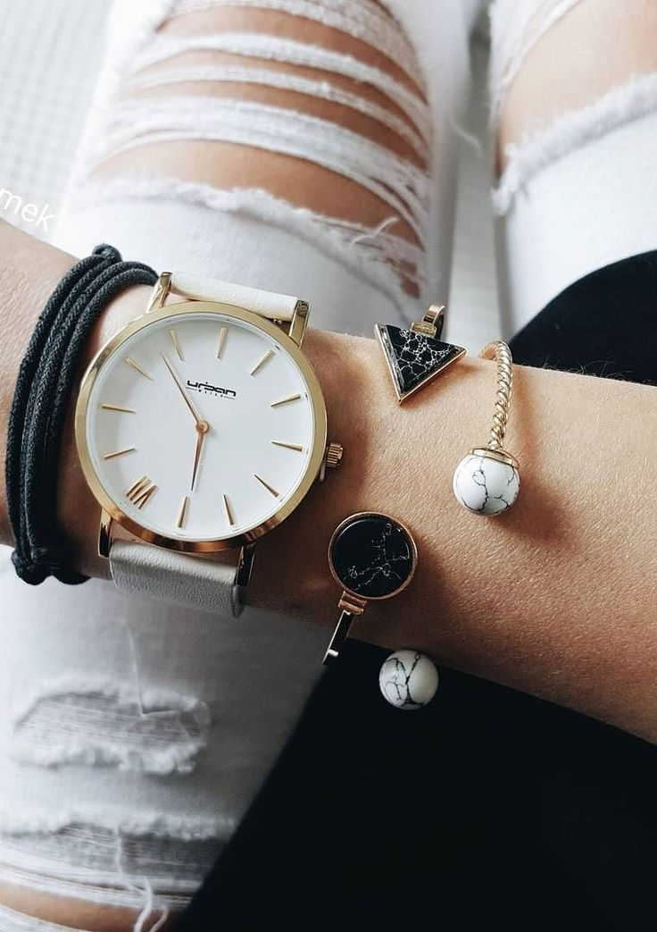 Black and Gold Marble Effect Arrow Cuff #fashion #style #marble #cuffbracelet #bracelets - 15,90  @happinessboutique.com