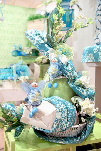 Una ventata di freschezza, leggera come solo questi tre colori sanno fare: turchese, verde e bianco. Confezionamento di prodotti dolciari: Lara Flammia    www.larartcomunication.com