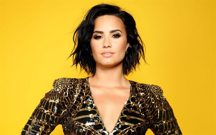 Download wallpapers Demi Lovato, American singer, 4k, smile, photo shoot, portrait, suit with sparkles, fashion model