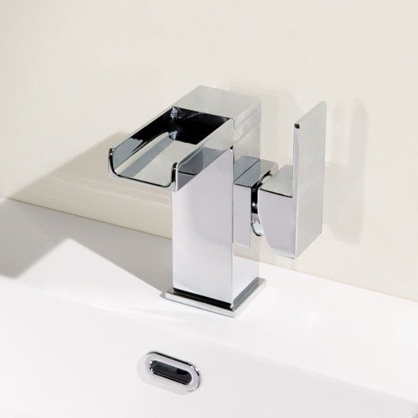 The Quadra  Waterfall Side Lever Basin Mixer Tap is a stylish waterfall tap  with easy to use lever handle. Best 25  Bathroom waterfall taps ideas on Pinterest   Waterfall