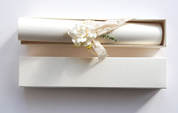 Diy Scroll Wedding Invitations: Best 25+ Make Your Own Invitations Ideas On Pinterest
