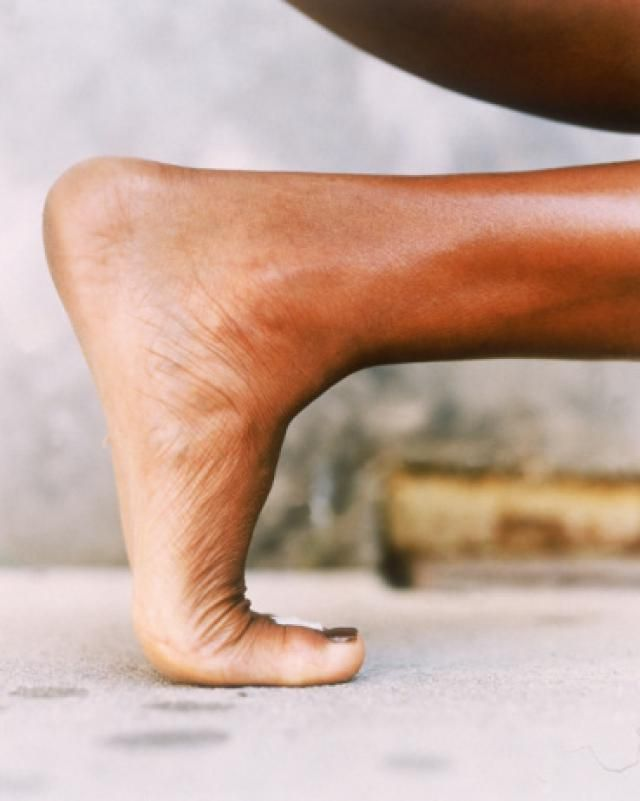 Foot and Ankle Stretches for Warm-ups and Heel Spurs: Toe Stretch