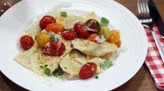 Zelfgemaakte ravioli met bolognaisevulling en gepofte kerstomaatjes | VTM Koken