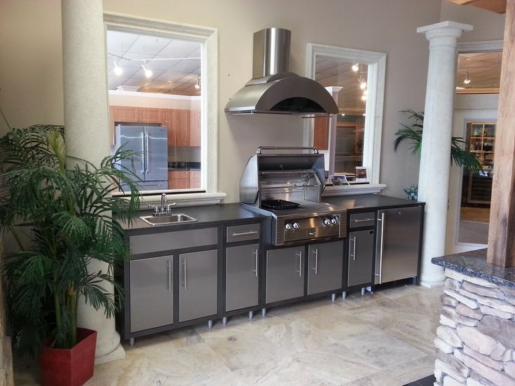 Challenger Chq10cha Luxury Prefab Outdoor Kitchen With With Lion L75000 Rotisserie Grill Sink And
