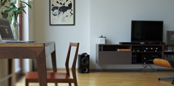 Fina skrivbord | datorbord för små eller stora arbetsrum. Köp våra hållbara möbler online hos mintfurnitureshop.se