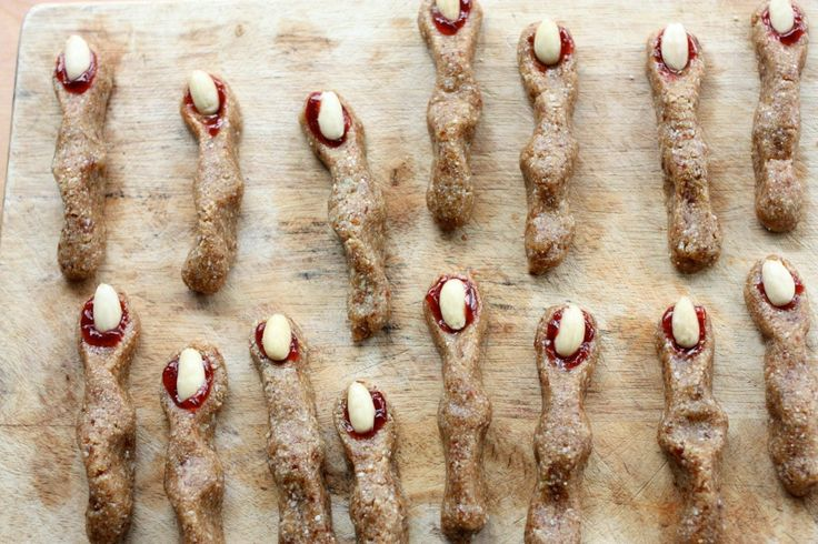 Raw, Vegan Witches' Finger Cookies For Halloween   Choosing Raw – vegan and raw recipes