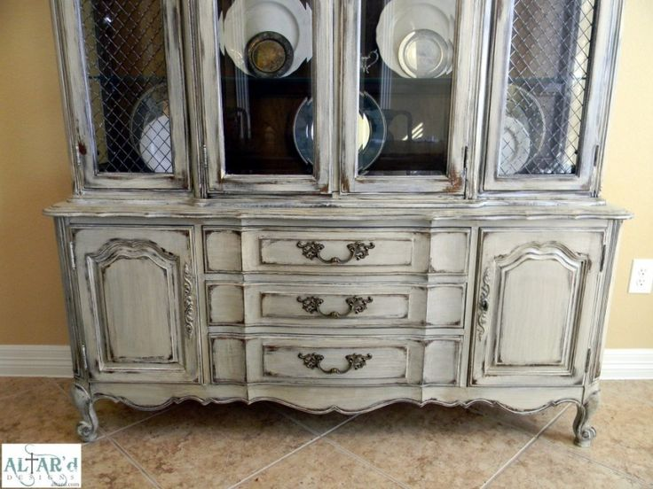Thomasville french provincial china cabinet painted for Painted dining room hutch ideas