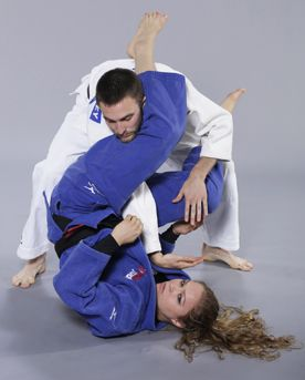 Winning on the ground is all about connections, says 1984 world judo champion AnnMaria De Mars