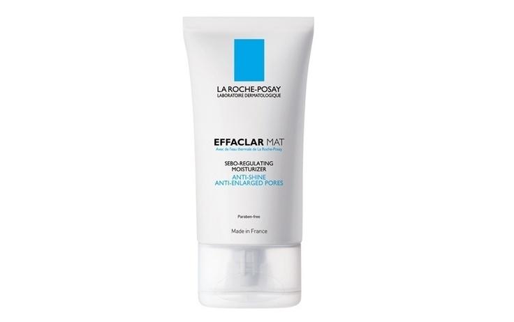Effaclar Mat, La Roche-Posay. Possui um ativo exclusivo da marca que reduz o tamanho dos poros e regula a produção de óleo. Pode ser usado como hidratante e primer. Preço sugerido: R$ 79,90.