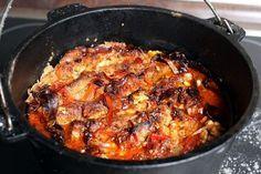 Griechisches Schichtfleisch aus dem Dutch Oven