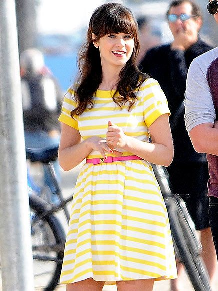 Star Tracks: Friday, January 24, 2014   WHO'S THAT GIRL?   Wearing a classic Jessica Day dress, Zooey Deschanel gets into character filming a scene for her show New Girl – where Prince is set to make a cameo appearance – on a sunny Thursday in Los Angeles.