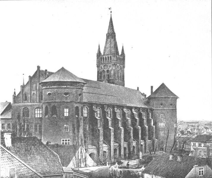 Königsberg (Regiomontium, Królewiec, Královec, Karaliaučius,Кёнигсберг)