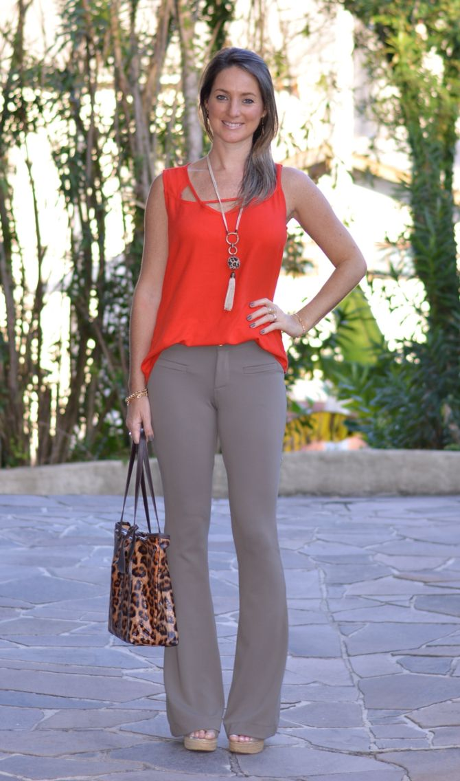 Look do dia - look de trabalho - moda corporativa - moda executiva - work outfit - office outfit - work wear  - look verão - summer - calça flare - bolsa animal print