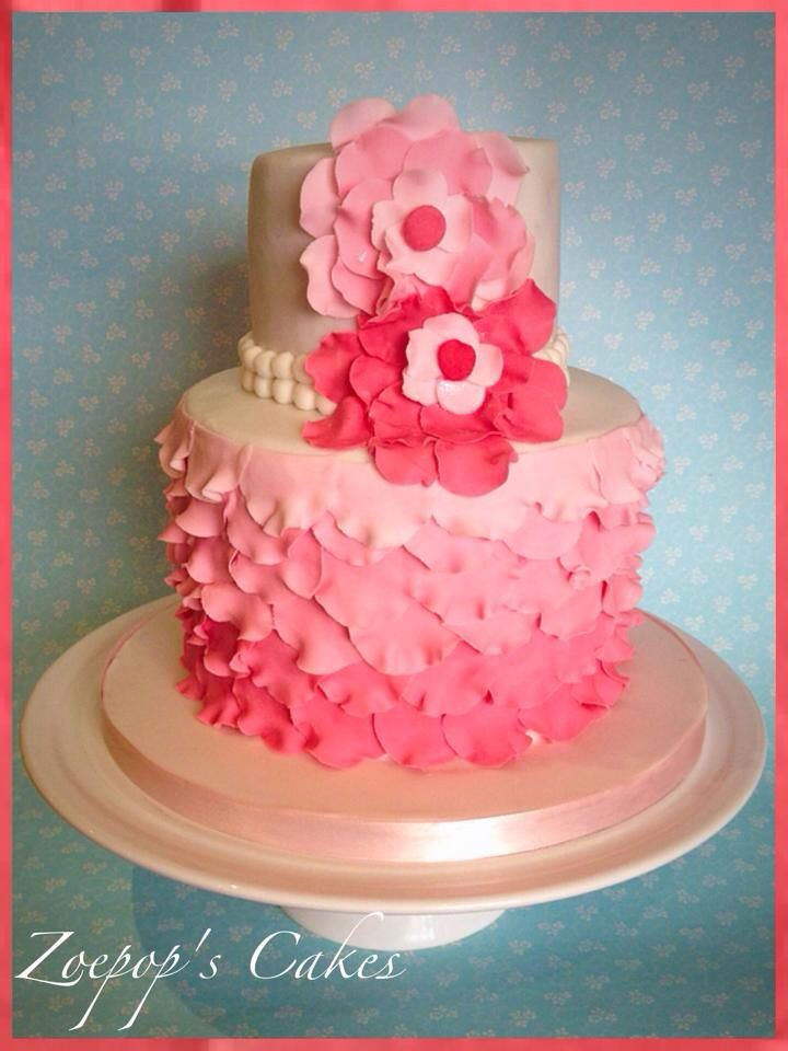 Cake Decorating Ruffles : 27 best images about decorate :: ruffle and petal cakes on ...