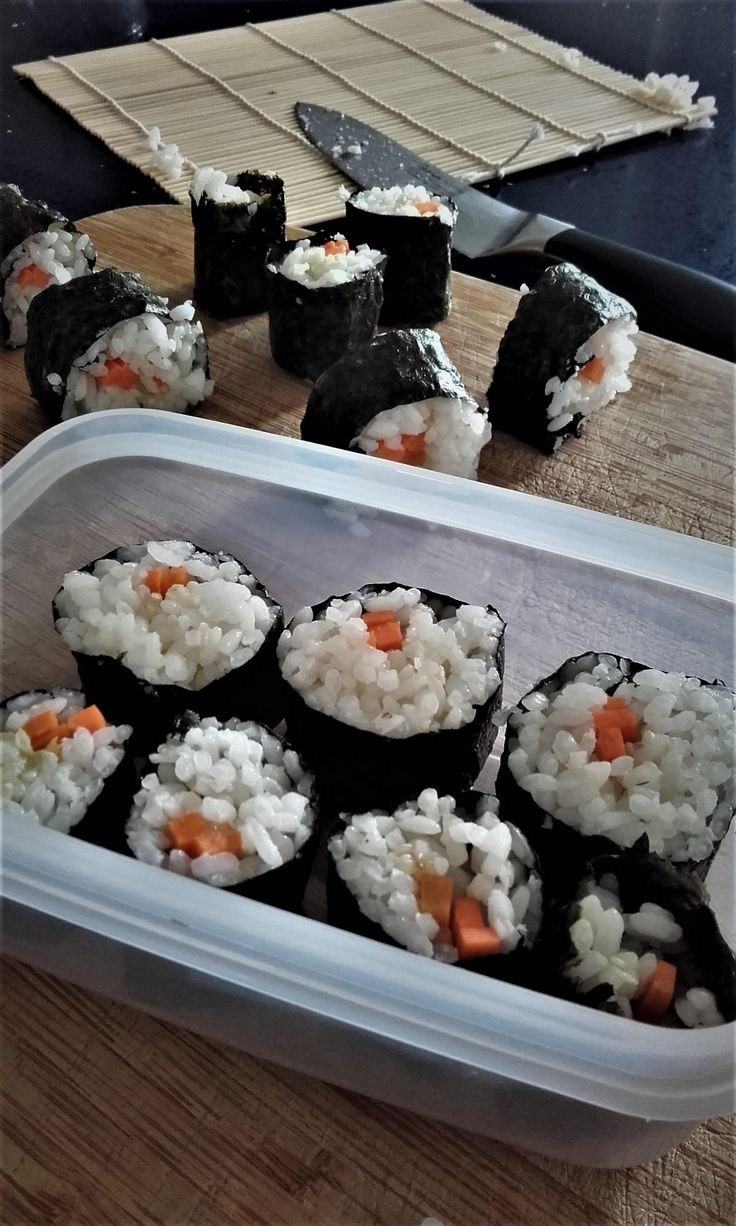 110kcal lunch prep! Veggie Sushi Nori with soy and wasabi. Excited for lunch tomorrow! :D #goodnutrition #physicalactivity #goodfood #vegetables #JuicePlus #healthymeal #healthyfood #healthy #health #exercise #eatclean