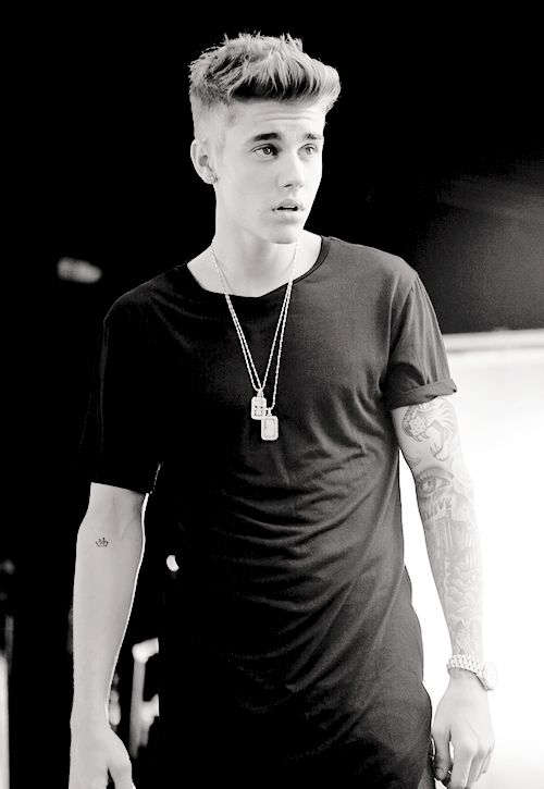 Justin bieber Photoshop eidted beautiful Black & white ...