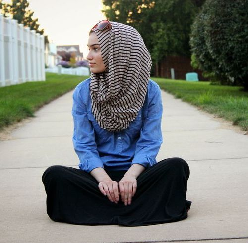 Some people cover their hair. Muslim women usually cover their hair with the hijab as part of their religion.