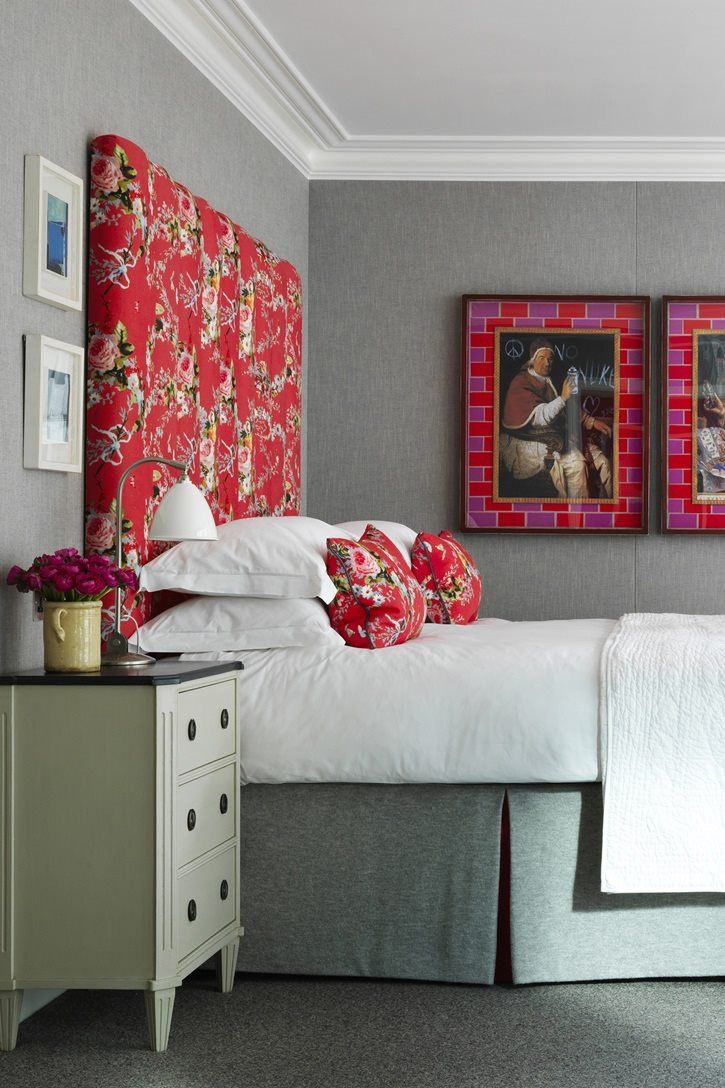 51 51 diy headboard ideas to make the bed of your dreams snappy pixels - The Typical Hotel Room Theme Colors Andd Accent Walls
