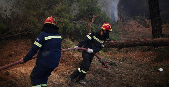 Δυο νέες πυρκαγιές στη Ζάκυνθο - Κοντά σε αυλές η φωτιά στην Αναφωνήτρια