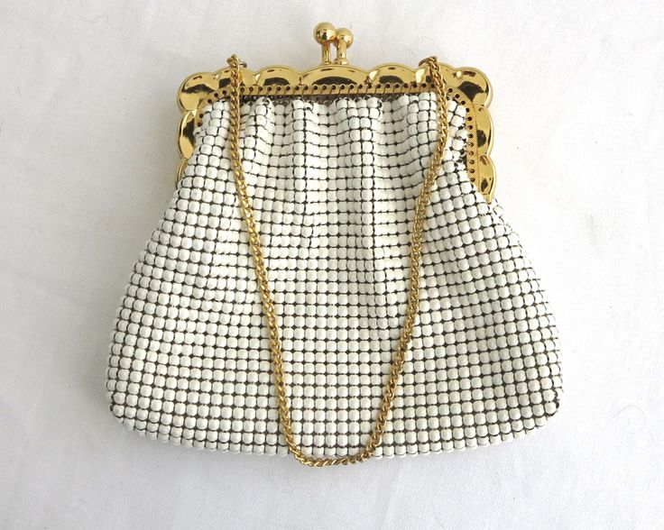 Vintage white mesh coin purse, gold scalloped metal frame, gold metal chain, kiss lock, Park Lane, Australia, 1970s, almost as new condition by CardCurios on Etsy