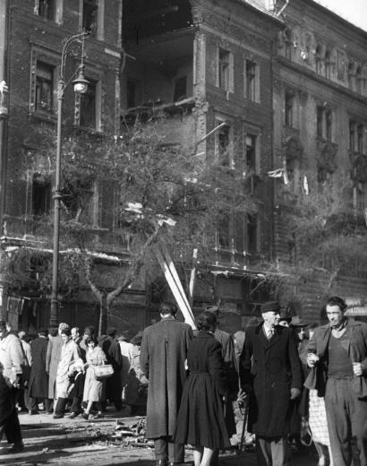 Revolution of 1956, Budapest, Hungary--egy fotogyujtemeny weboldalrol