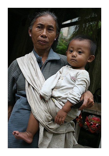 Faces of Bali - a nenek and her cucu - grandmother and grandchild